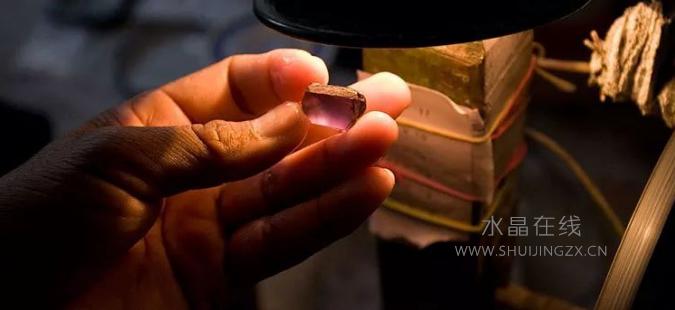2021022404174023 - 有没有最简单的分辨真假水晶方法?教你肉眼可鉴别水晶真假的几个技巧!