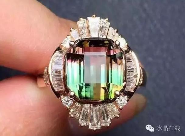 2021012308454154 - 你知道最适合女人佩戴的水晶宝石有哪些吗?