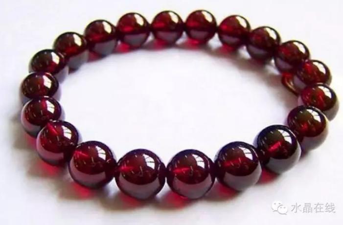 2021012308454281 - 你知道最适合女人佩戴的水晶宝石有哪些吗?