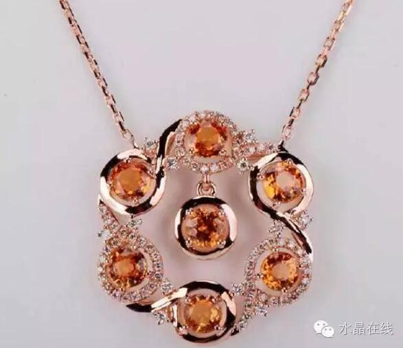 2021021907421215 - 芬达石是什么宝石?它竟是一种高贵的石榴石!