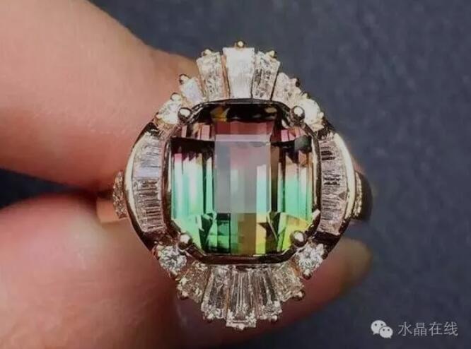 2021021412571930 - 刚买的碧玺戒指坏了,商家不给退,到底是谁的责任?