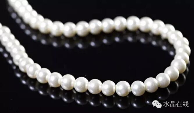 202102211405388 - 据说女人经常佩戴这些水晶珠宝身体好,远离中医!