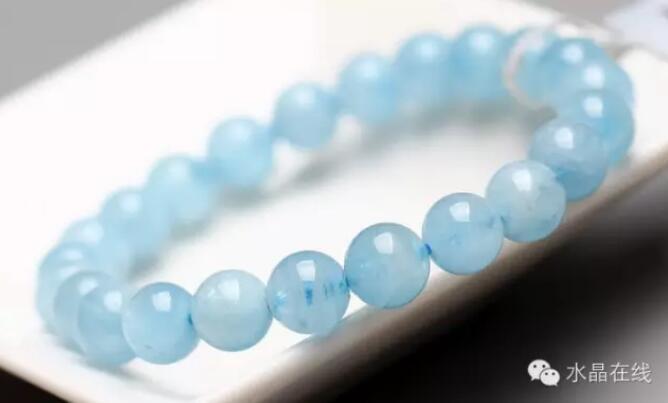 2021022114054683 - 据说女人经常佩戴这些水晶珠宝身体好,远离中医!