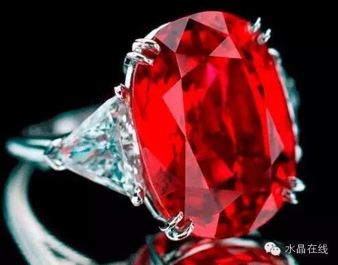 2021022114060384 - 据说女人经常佩戴这些水晶珠宝身体好,远离中医!