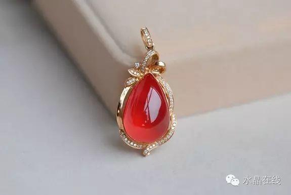 红纹石很美,但要保证买到是天然的...