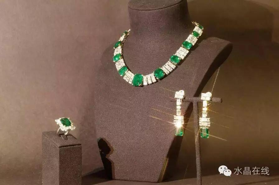 resize,m fill,h 594,w 896 - 如何保养水晶珠宝首饰,才能减少让它受损