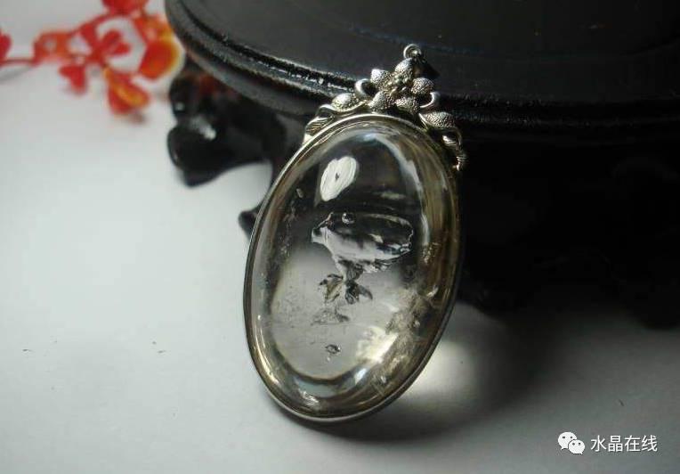 resize,m fill,h 532,w 764 - 每一个女人都应该有自己的一条水晶手链!