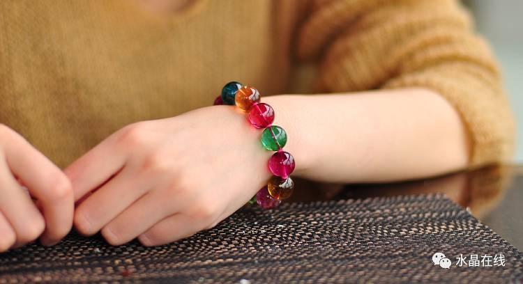 resize,m fill,h 408,w 750 - 每一个女人都应该有自己的一条水晶手链!