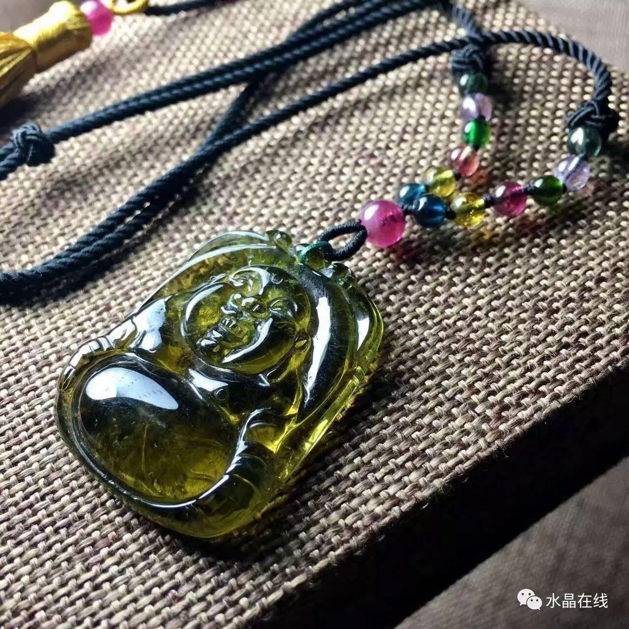 resize,m fill,h 1280,w 1280 - 七夕情人节送什么礼物好呢?我推荐选一件水晶送女朋友!