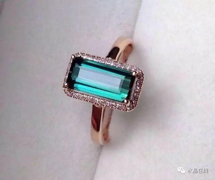 水晶不同的颜色是怎么回事?【天然or人为】