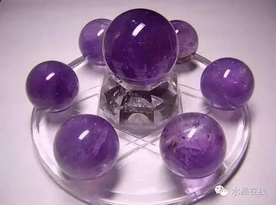 resize,m fill,h 412,w 555 - 买水晶球注意这些,不然一不小心就买到一个玻璃球!