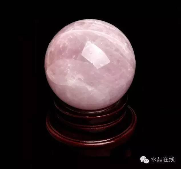 resize,m fill,h 594,w 634 - 买水晶球注意这些,不然一不小心就买到一个玻璃球!