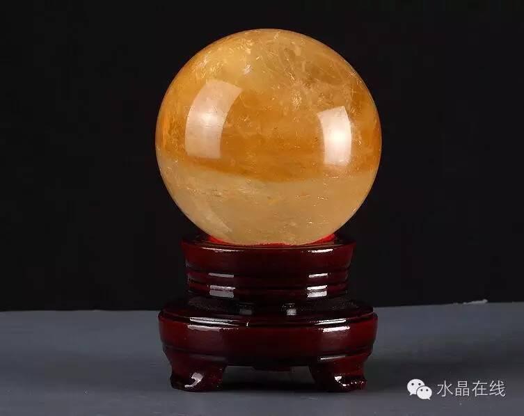 resize,m fill,h 598,w 753 - 买水晶球注意这些,不然一不小心就买到一个玻璃球!