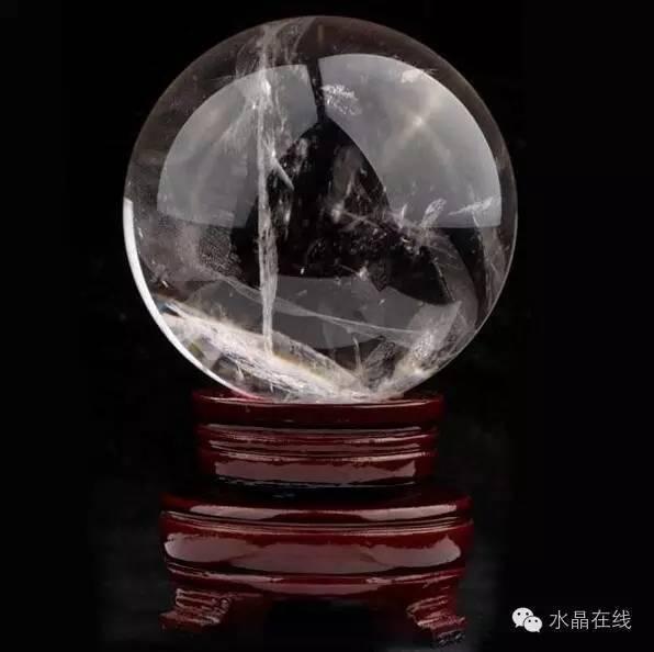 resize,m fill,h 594,w 596 - 买水晶球注意这些,不然一不小心就买到一个玻璃球!