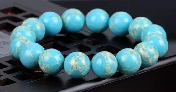 resize,m fill,h 295,w 562 - 这些看起来很贵的珠宝,其实并不值钱!