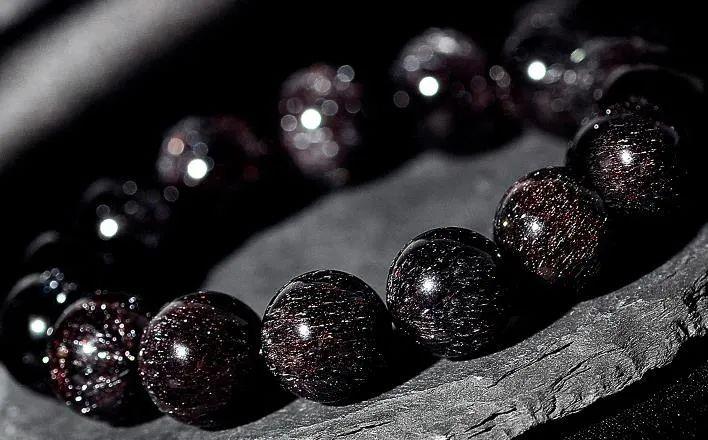 resize,m fill,h 440,w 708 - 超七水晶,草莓晶,黑加仑水晶和发晶,到底有什么区别?