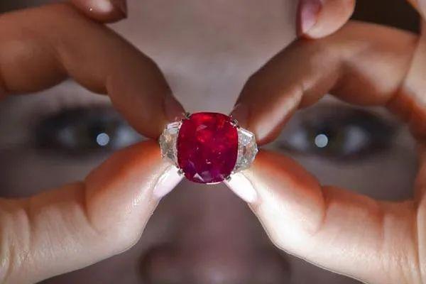 resize,m fill,h 400,w 600 - 2021年,水晶市场将会迎来怎样的变化?宝石行情走势又将如何?