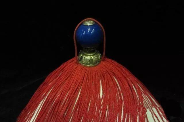 """resize,m fill,h 424,w 640 - 清代哪种水晶宝石最好?要从官员帽子最高处那颗""""顶珠""""说起!"""