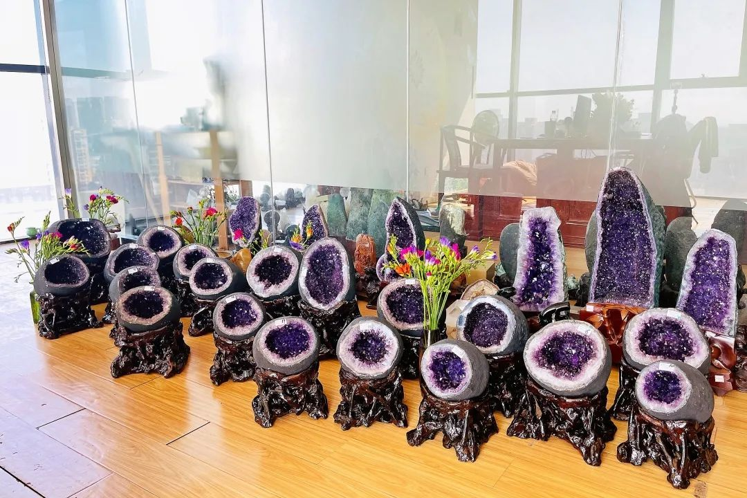 resize,m fill,h 720,w 1080 - 紫水晶洞是天然形成的还是人工做出来的?我来告诉你紫晶洞是怎么长出来的